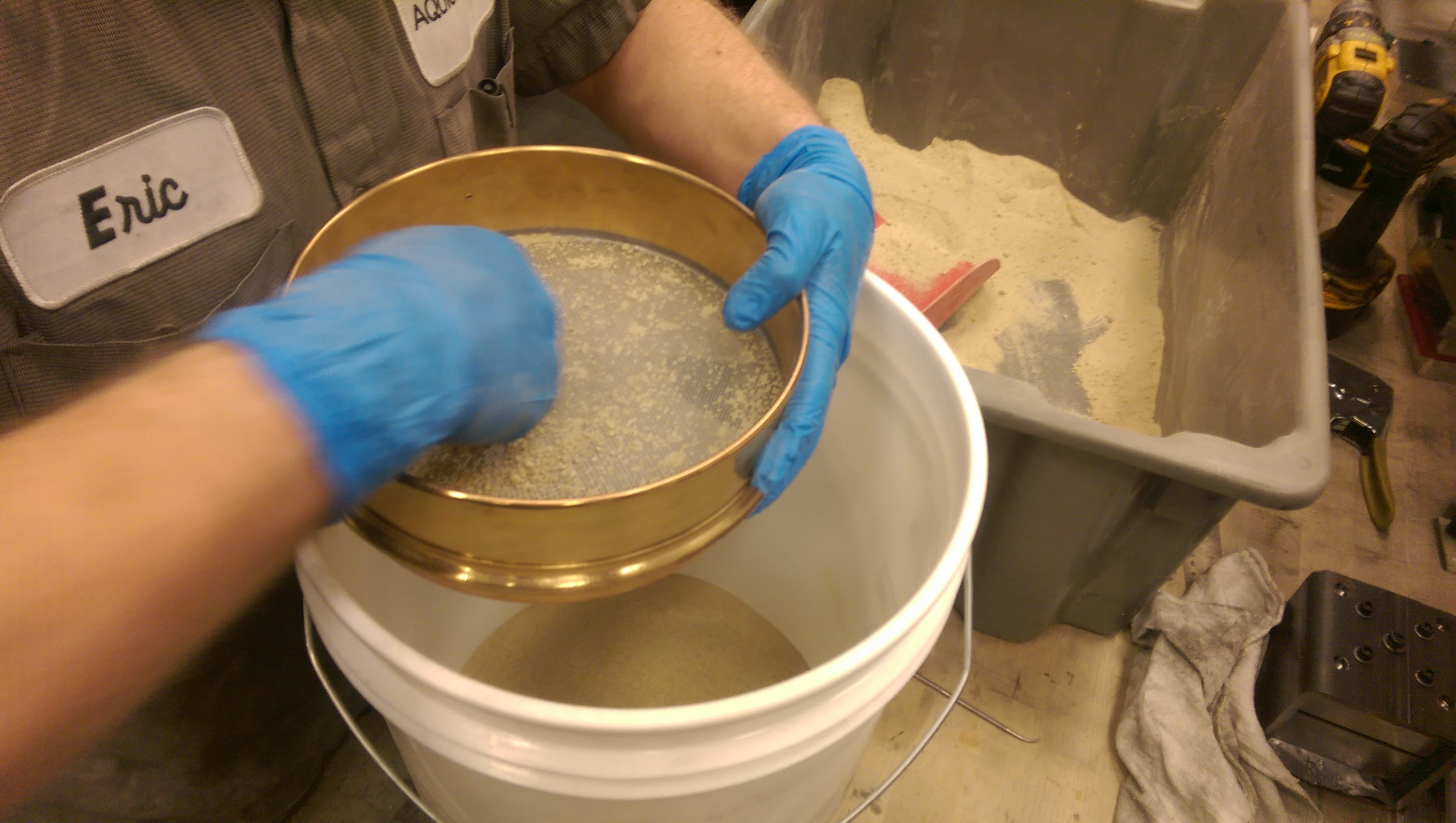 making the casting sand