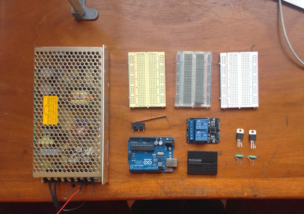 Power supply, arduino, breadboards and relays