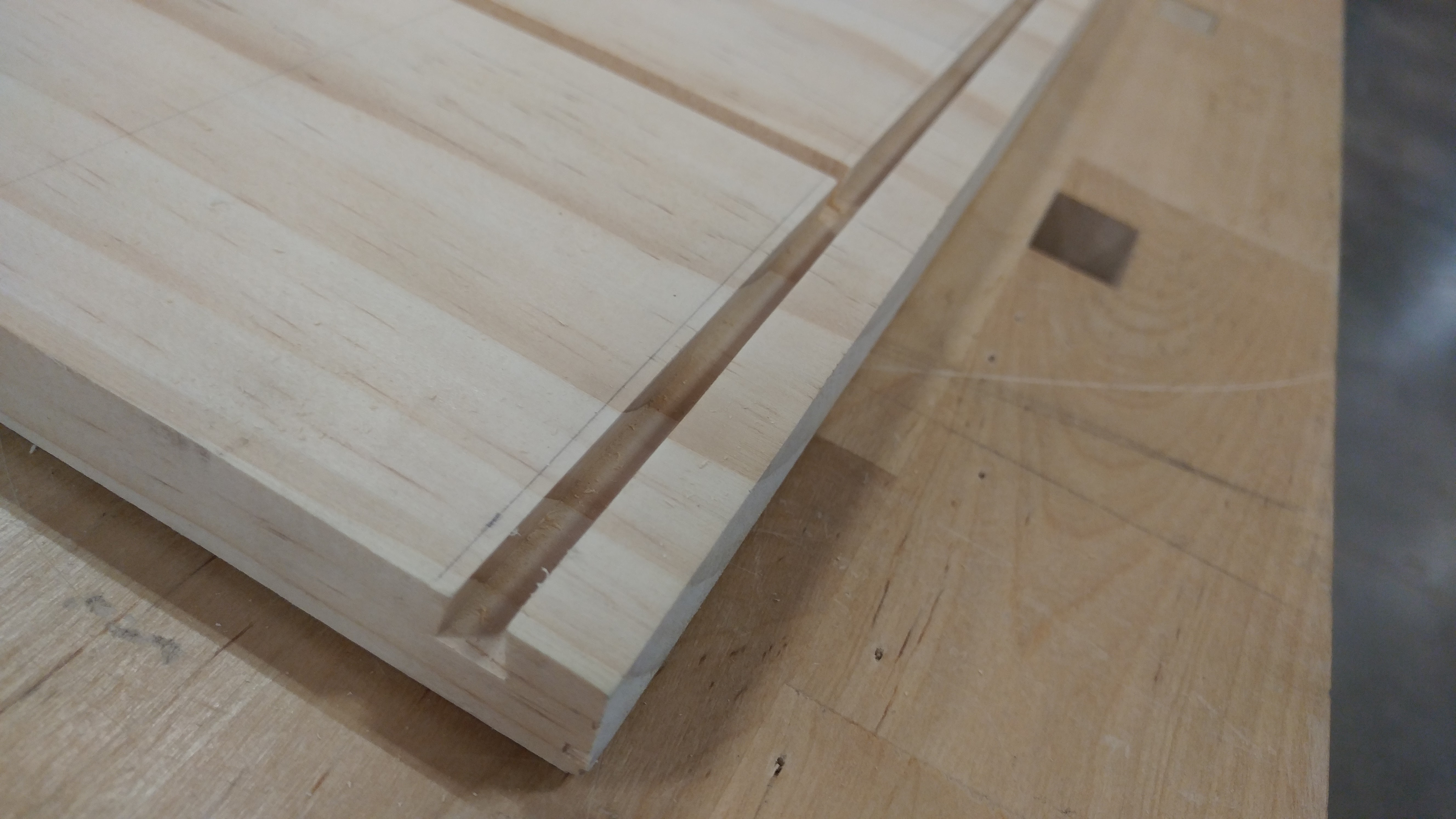 detail of the sliding dovetail in the base bottom